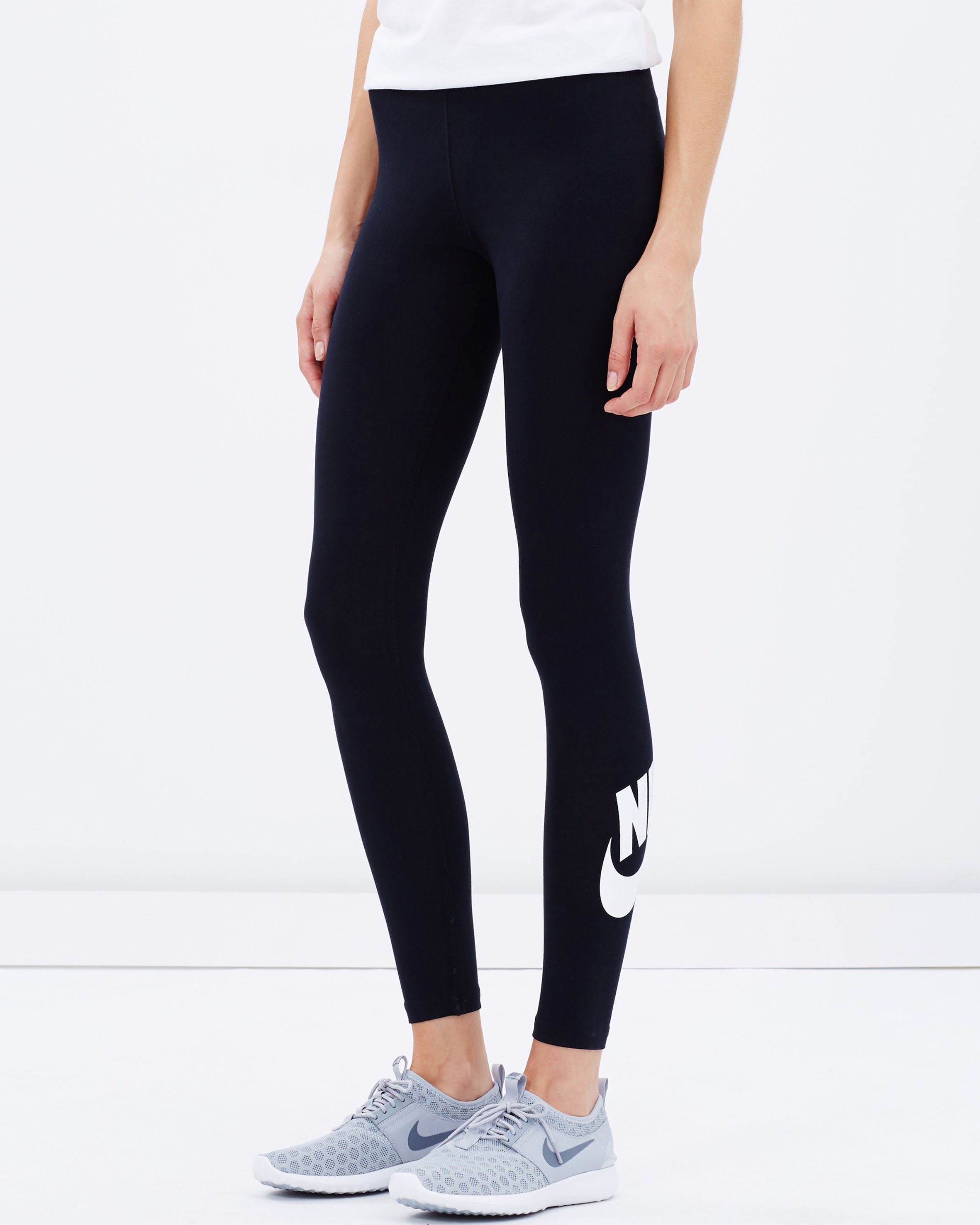 Lastest The Nike Dry Womens Soccer Pants Are The Perfect Warmup Addition To Your Training Needs Inspired By The NWSL Players, These Pants Have Zippered Pockets And Are Perfect To Wear To And From The Field Stay Cool And Comfortable