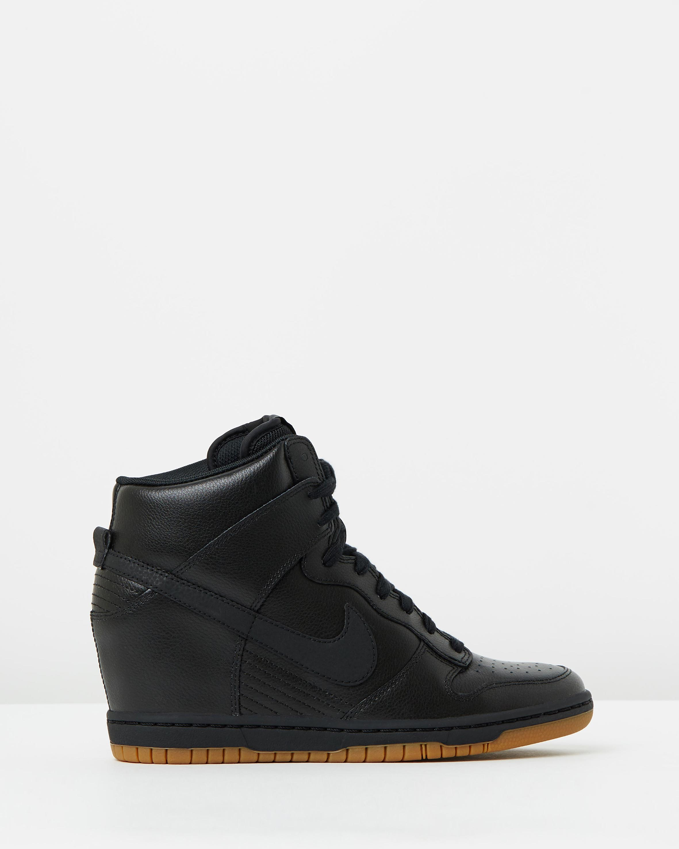 Place to buy nike shoes