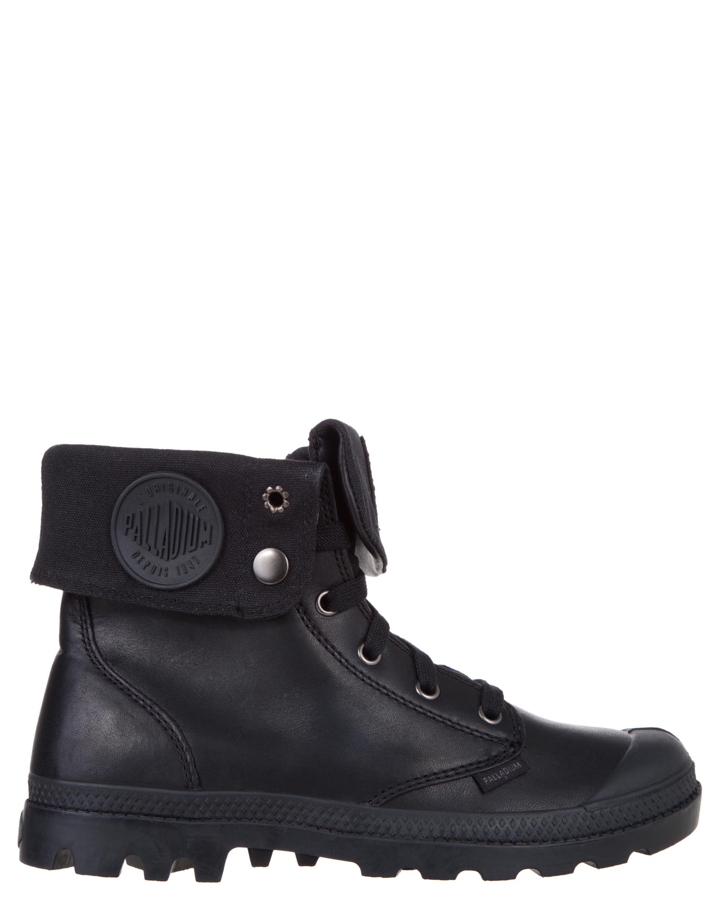 Women shoes online. Buy palladium boots
