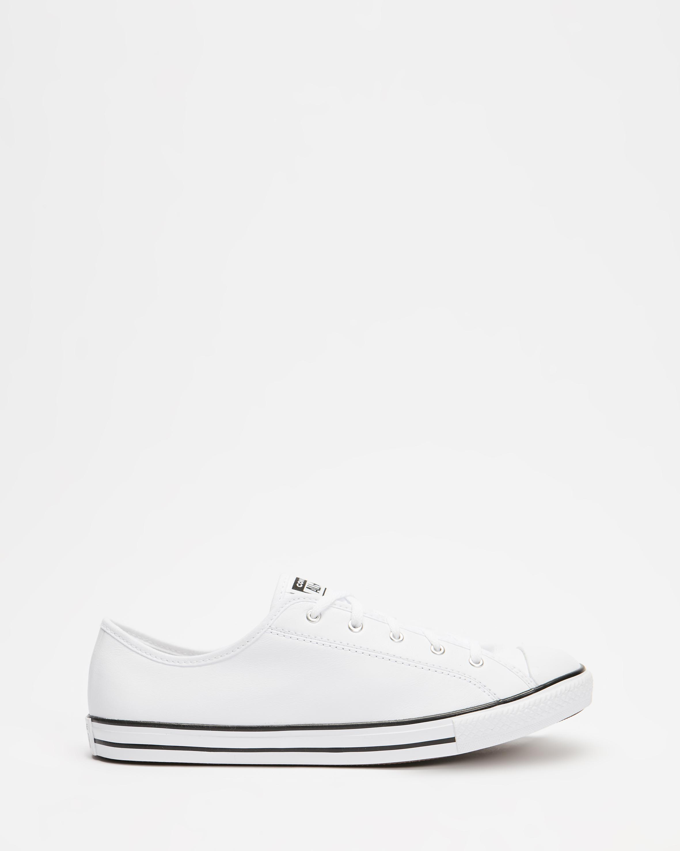 Chuck Taylor All Star Dainty Basic Leather Women's by